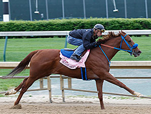 KY Oaks-Bound Fillies Work at Churchill