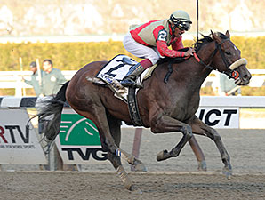 Wicked Strong Charges to Wood Memorial Score